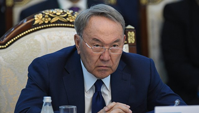 Назарбаев одобрил проект нового казахского алфавита на основе латиницы