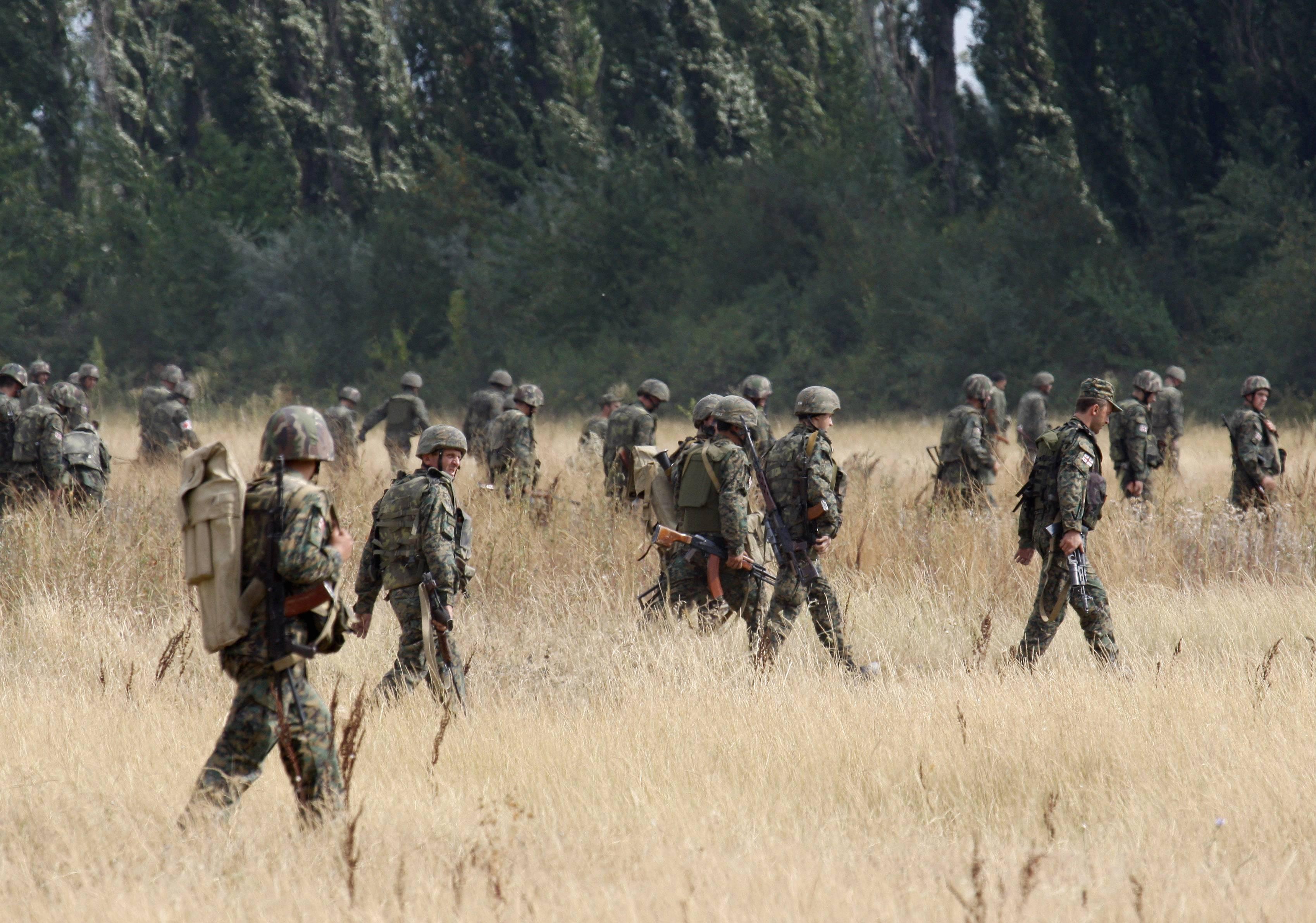 Грузинские солдаты
