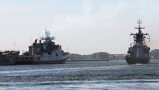 Корабли Балтийского флота во время учений. Архивное фото