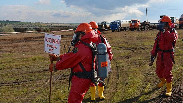 Авария наскважине вОренбургском районе, работают экологические посты— МЧС