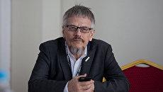 Заведующий отделом нейроинформатики Центра оптико-нейронных технологий Научно-исследовательского института системных исследований РАН Виталий Дунин-Барковский