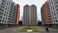 Многоэтажные жилые дома на Бескудниковском бульваре в Москве, предназначенные для переселения участников программы реновации
