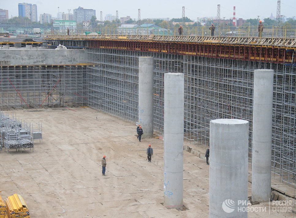 Строительство участка Северо-Восточной хорды от шоссе Энтузиастов до МКАД в Москве. 2 октября 2017
