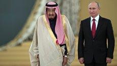 Владимир Путин и король Саудовской Аравии Сальман Бен Абдель Азиз Аль Сауд во время встречи. 5 октября 2017