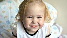 Жажда жизни. Двухлетнюю девочку спасет внутривенное питание