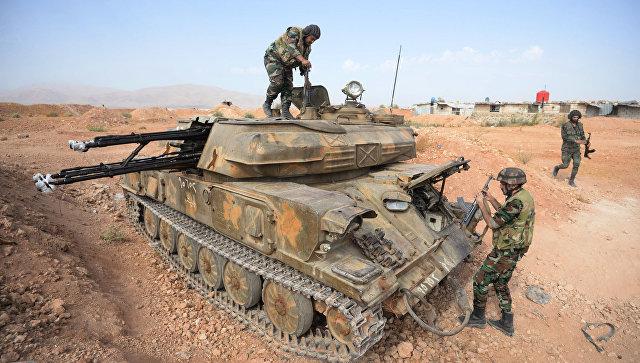 Бойцы зенитной самоходной установки Шилка на позиции у города Катана в провинции Дамаск. архивное фото