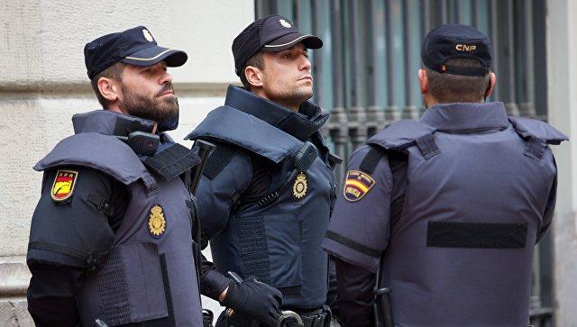 Власти Испании изъяли из контейнеров с бананами шесть тонн кокаина