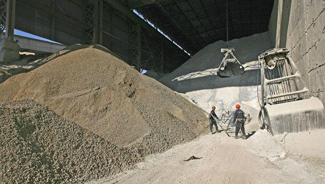 Производство цемента на заводе