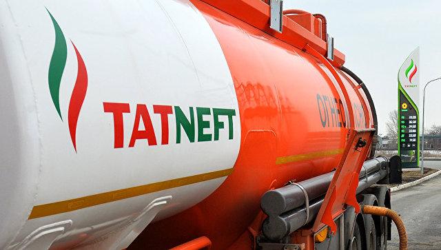 Логотип компании Татнефть на АЗС. Архивное фото