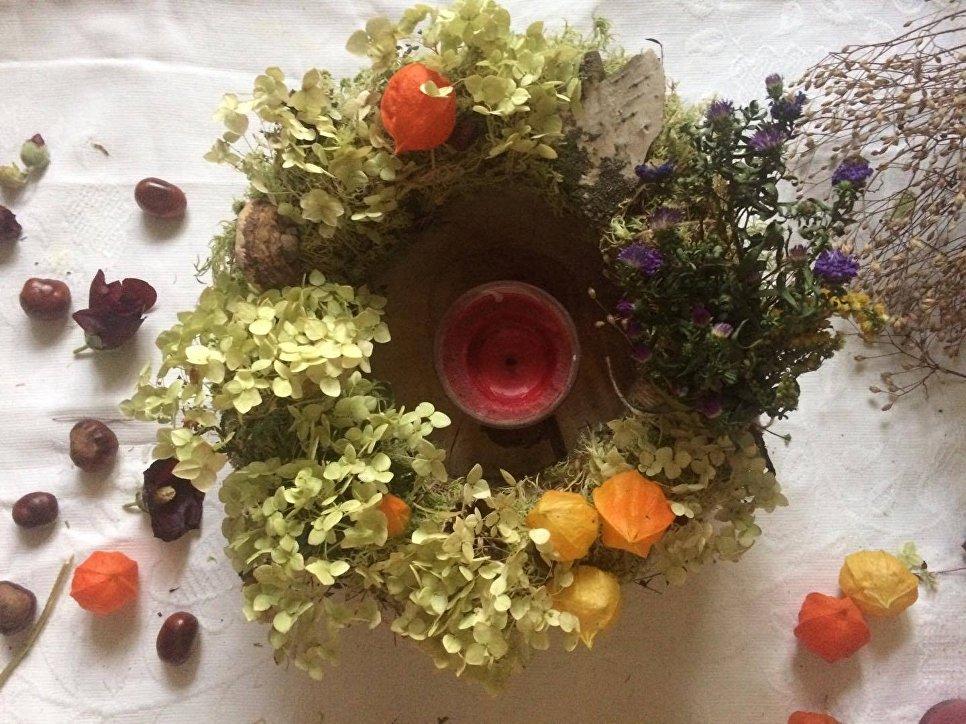 Как сделать осенний венок из сухоцветов и листьев: мастер-класс