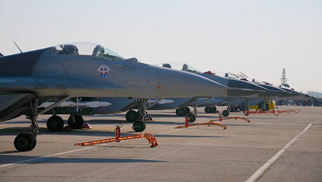 Переданные Россией Сербии истребители МиГ-29, аэродром Батайница в Сербии. 20 октября 2017