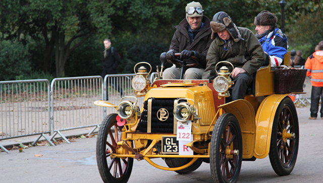 В Лондоне ввели дополнительный сбор за выхлопы для старых автомобилей