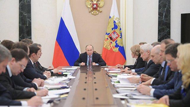Права обманутых дольщиков обсудит Путин насовещании скабмином