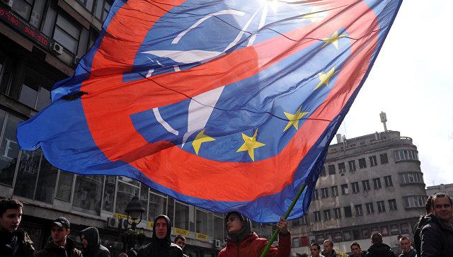 Митинг против НАТО в Белграде. Архивное фото