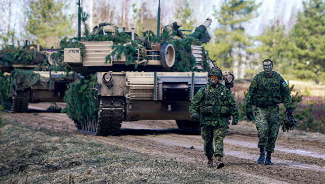 Военнослужащие Канады на военных учениях НАТО в Латвии