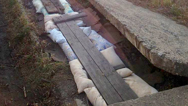 Утеплили подушками кзиме теплотрассу впоселке под Хабаровском
