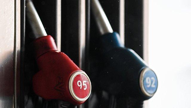 """Цены на бензин начали расти на фоне отсутствия """"Роснефти"""" на торгах"""