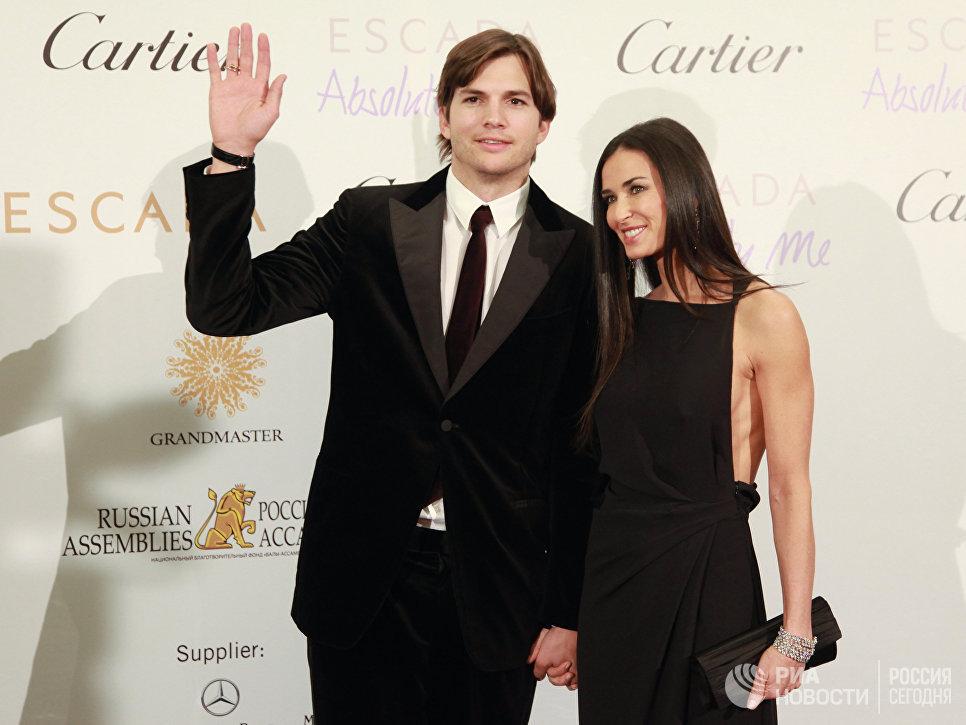 Деми Мур и Эштон Катчер на благотворительном аукционе в Москве