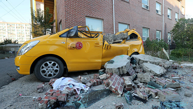 Последствия землетрясения в городе Пхохан, Южная Корея. 15 ноября 2017 год