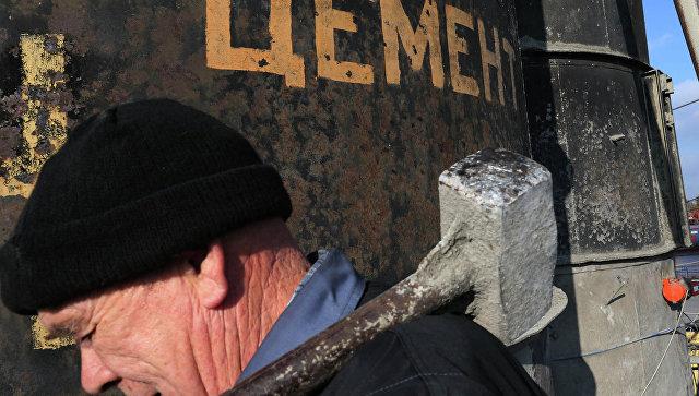 Работа завода по производству бетона в Калининградской области