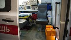 Оборудование машины скорой и неотложной медицинской помощи. Архивное фото