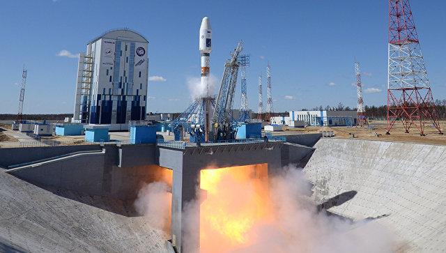 Первый пуск ракеты-носителя с космодрома Восточный. Архивное фото