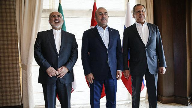 Главы МИД Ирана, Турции и России на встрече в Анталье. 19 ноября 2017
