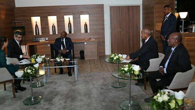 Президент Судана Омар аль-Башир во время интервью. 25 ноября 2017