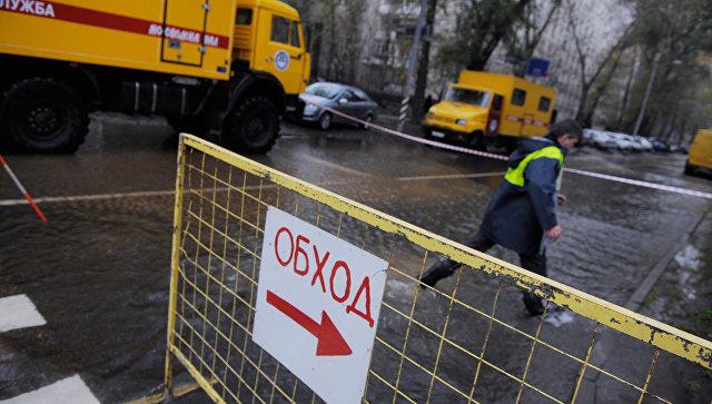 Последствия аварии на трубопроводе на северо-востоке Москвы