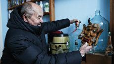 Музей пива и вредных привычек в селе Толбухино Ярославской области, который создал активист Владимир Столяров
