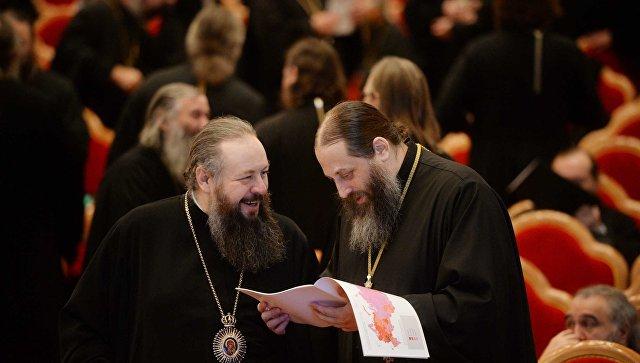 Участники Архиерейского собора РПЦ