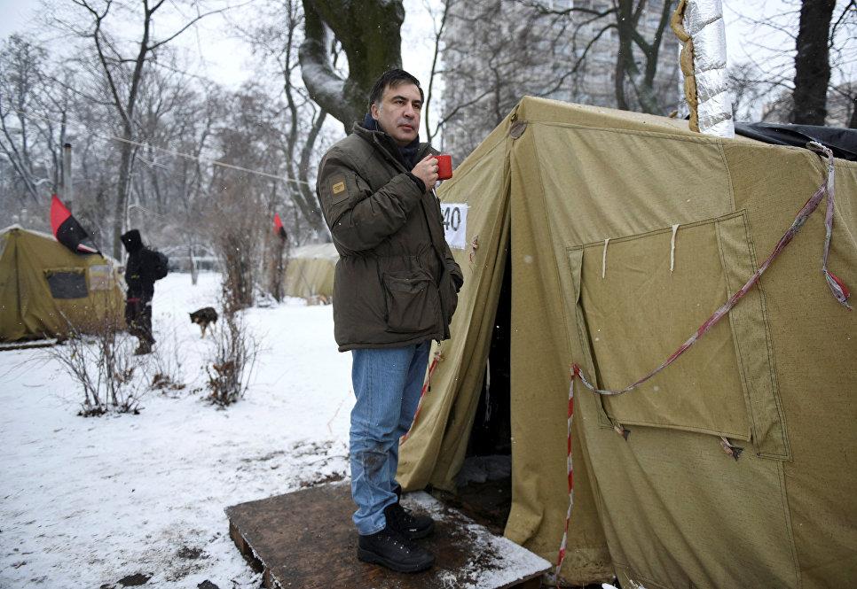 Михаил Саакашвили объявил, что Украина может встретить Новый год без Петра Порошенко