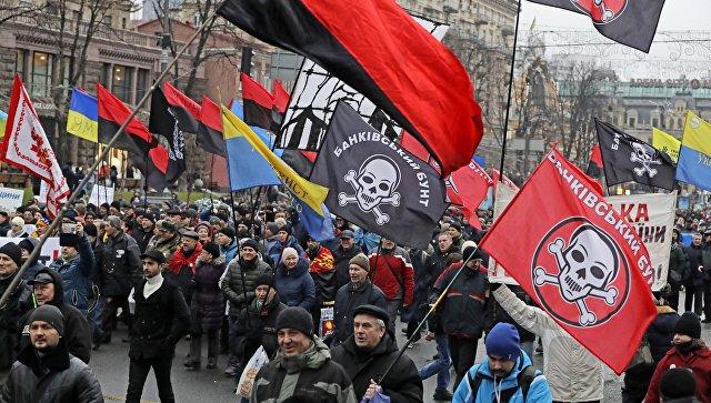 Участники митинга за закон об импичменте в Киеве, Украина. 10 декабря 2017