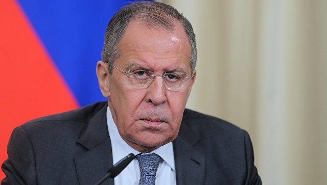Лавров прокомментировал истерику Запада вокруг российского центра в Сербии