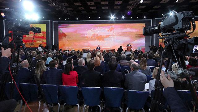 Путин: Проблема снехваткой мест вдетских садах решится совсем скоро