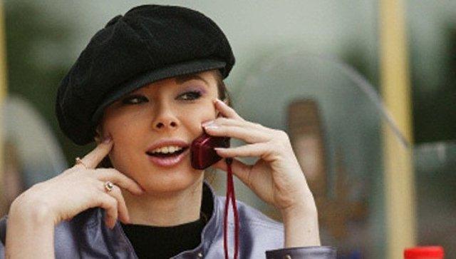 Мобильная телефонная связь. Архивное фото