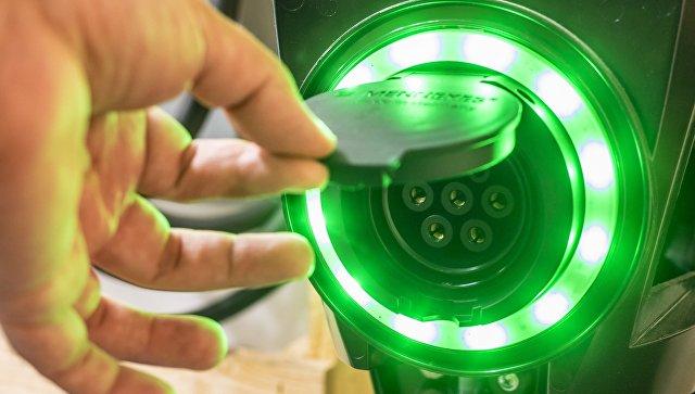 Зарядная станция для электромобилей. Архивное фото