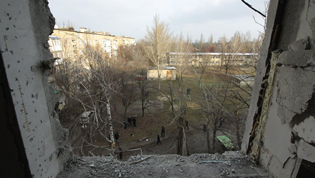 В ДНР мирный житель пострадал при взрыве боеприпаса