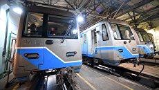 Поезда метро в электродепо. Архивное фото