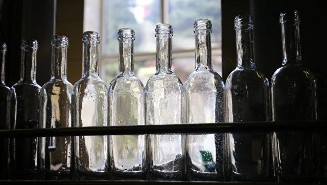 Цех розлива вина. Архивное фото