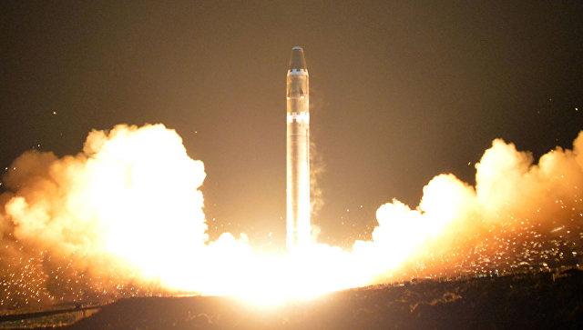 Запуск межконтинентальной баллистической ракеты в КНДР. Архивное фото