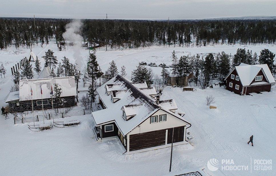 Саамская деревня Самь-Сыйт в поселке Ловозеро Мурманской области
