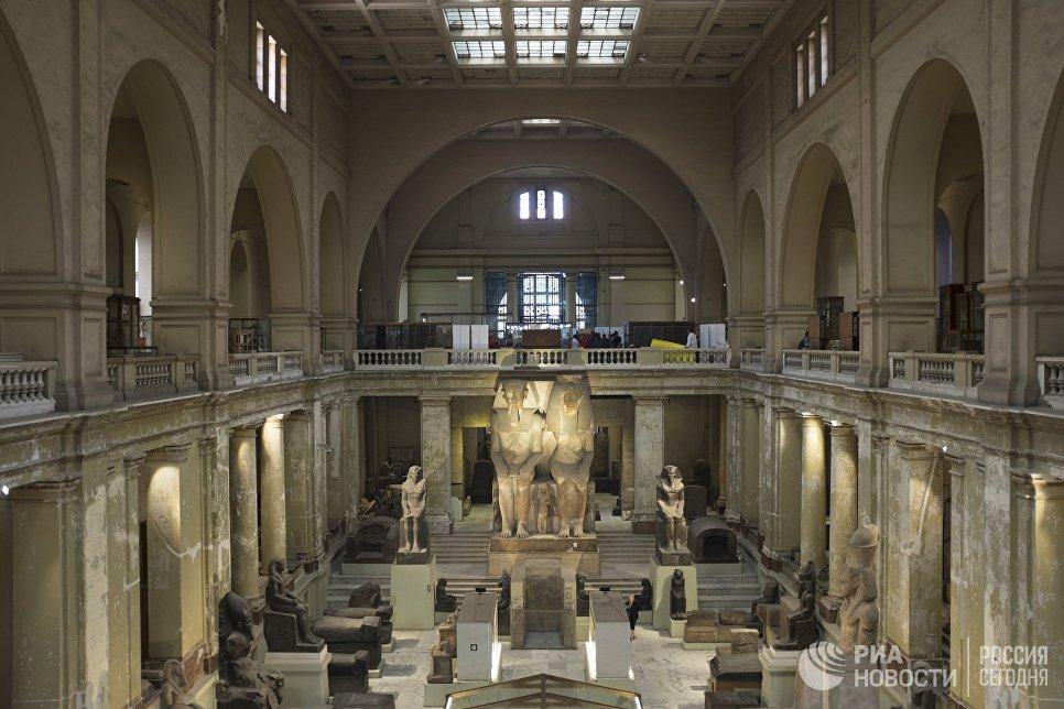 Зал Каирского египетского музея