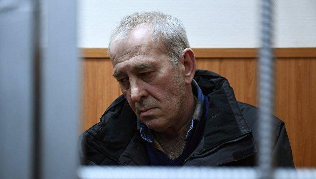 Водитель рейсового автобуса Виктор Тихонов в Басманном суде Москвы. 12 января 2018