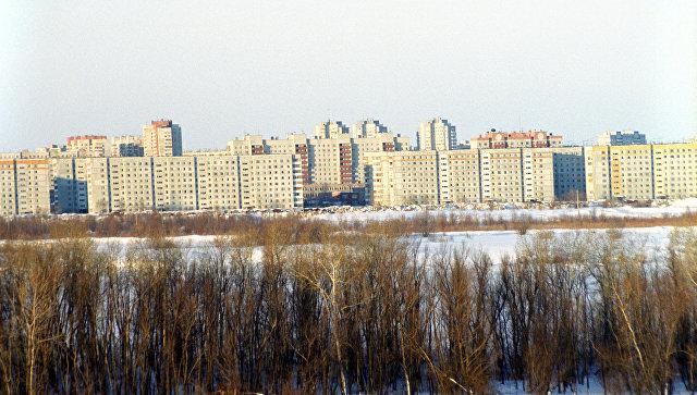 В Омске коммунальщики устраняют аварию на водопроводе