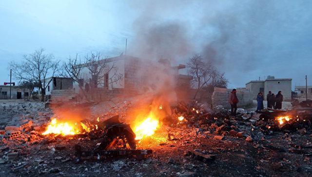 Обломки сбитого боевиками российского самолета Су-25 в Сирии. Архивное фото