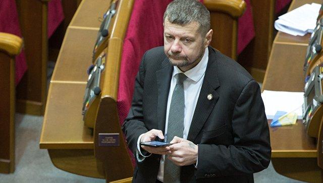 Депутат Верховной рады Игорь Мосийчук на заседании Верховной рады Украины в Киеве