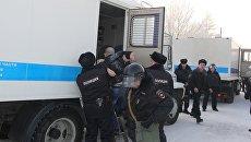 Полицейские пресекли акт неповиновения в Центре временного содержания иностранных граждан под Красноярском. 7 февраля 2018