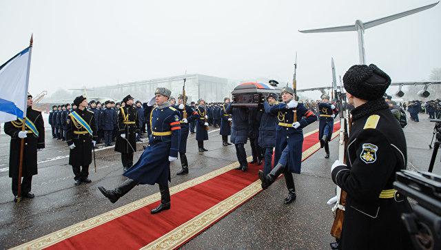 Церемония прощания с летчиком Романом Филиповым в Воронеже