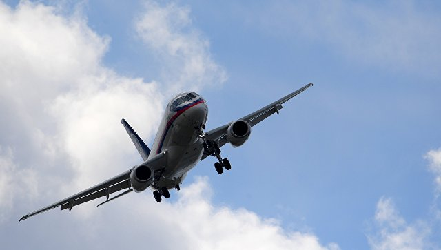 Ближнемагистральный пассажирский самолет Sukhoi Superjet 100. Архивное фото